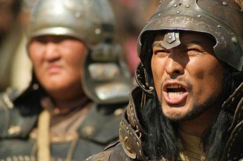 成吉思汗当时是如何统一蒙古的?